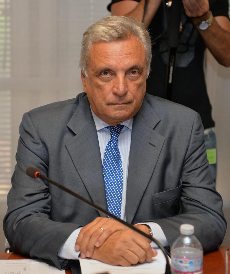 Arturo Diaconale, Source- Il Populista