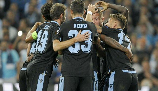 Lazio celebrate Adam Marusic's goal against Marseille - Source: Twitter